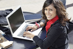 Overcoming Procrastination in Online Studies